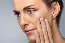 Догляд за шкірою обличчя після 40 років
